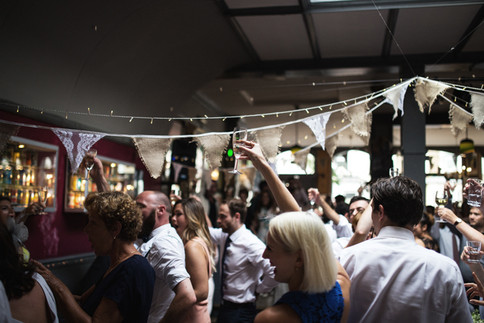 Hessian-and-lace-wedding-bunting-hire-by
