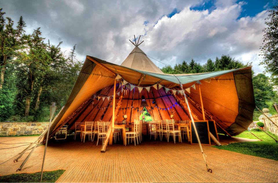 emma-bunting-for-tentipi-tipi-hire-north