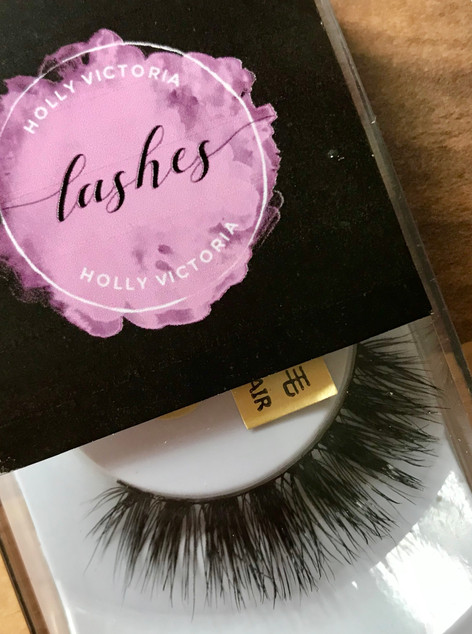 HOLLY VICTORIA LASHES