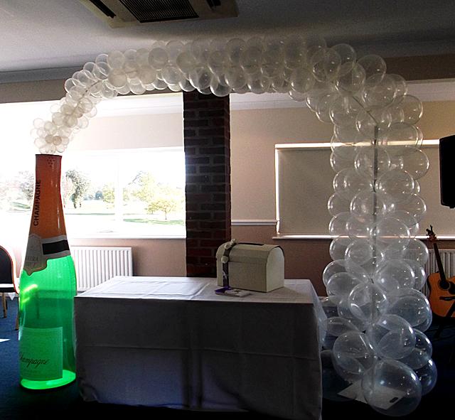Botella con globos