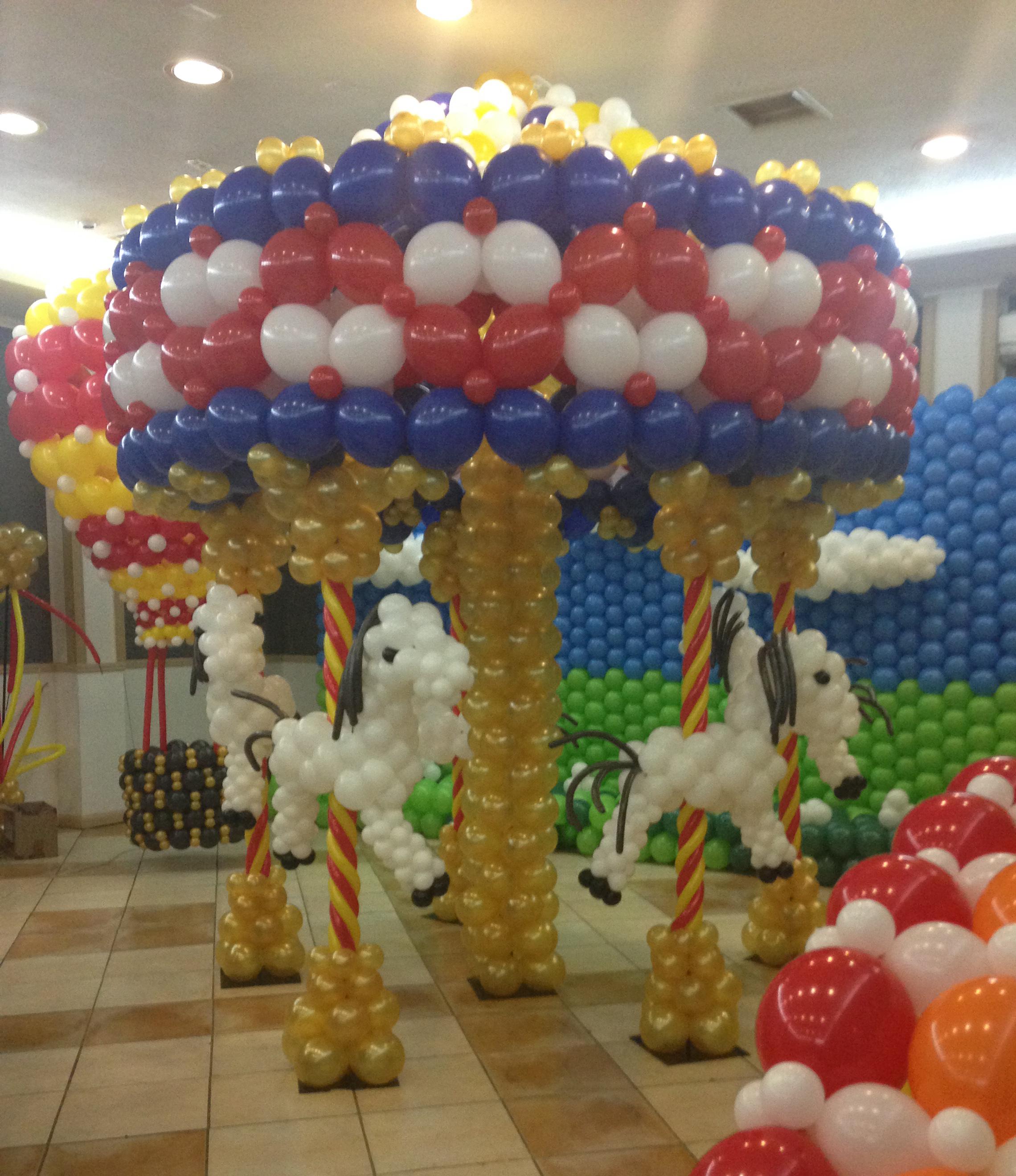 carrusel con globos
