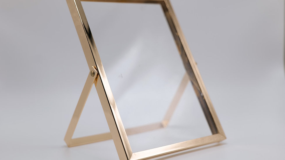 4x6 Gold Picture Frame Rental