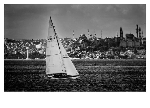 Sailing Istanbul
