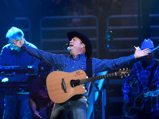 Garth Brooks Breaks Record With SIX MILLION Concert Tickets Sold