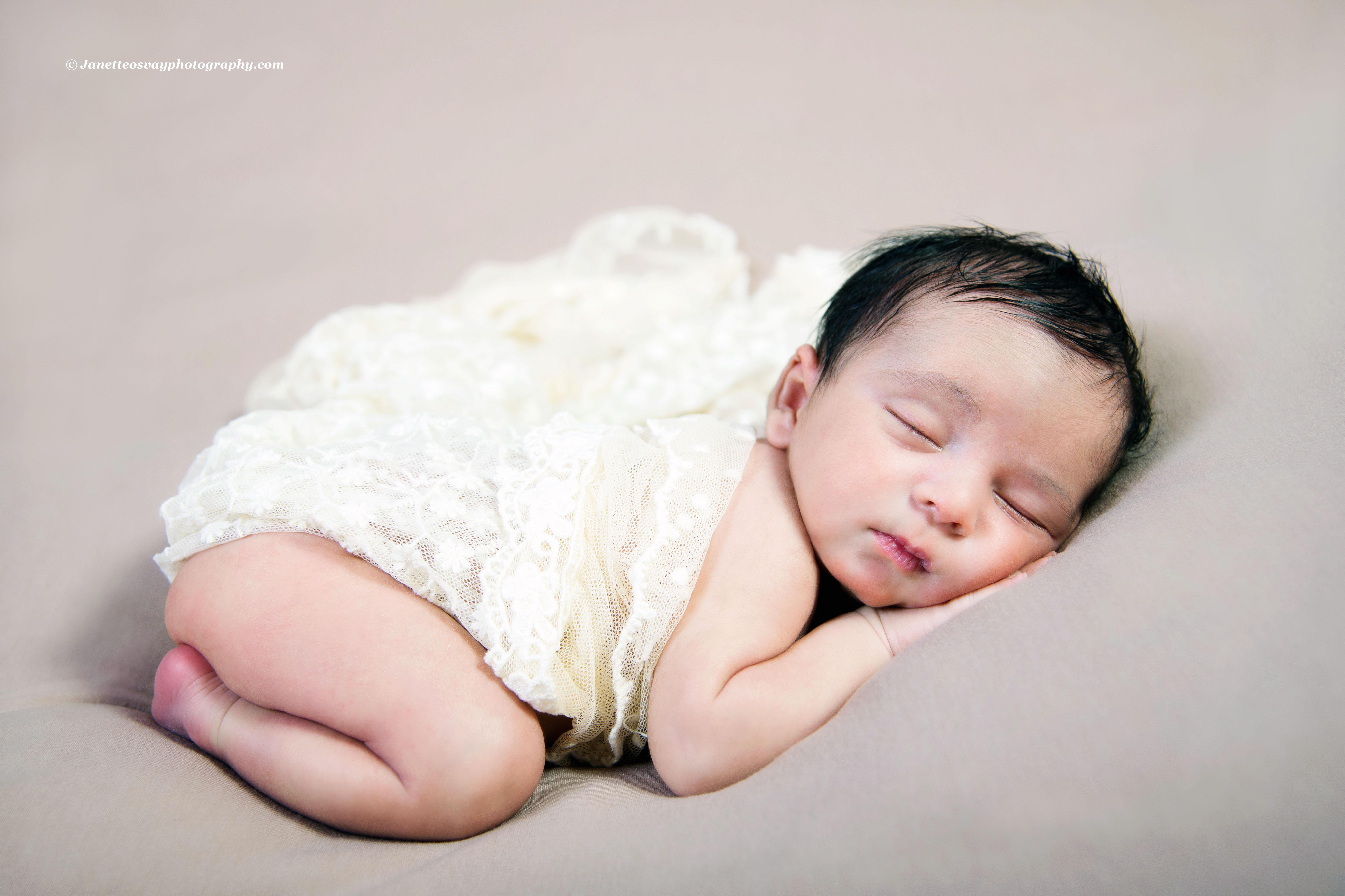 affordable newborn photos sydney
