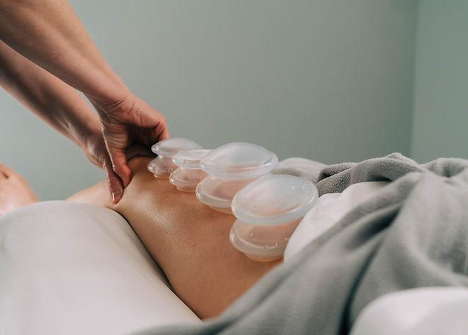 Anterior Patella Massage w Cupping.jpg