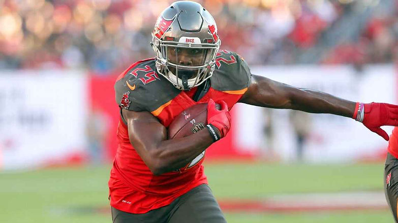 Dyslexia is 'an ability,' not a disability for Buccaneers' Peyton Barber