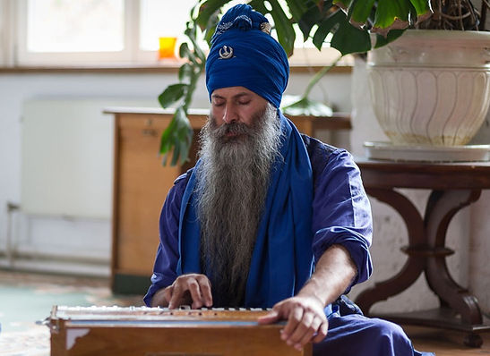 Kamalroop Singh Kirtan Berlin Bana Sikh Nihang Farla Uk Phd
