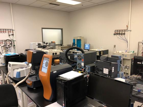 Summit Nanotech team tours U of A NanoFAB facility