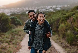 np_Hiker couple enjoying themselves on v