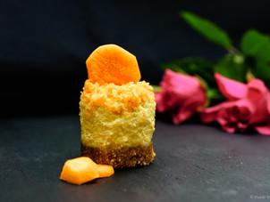 Vegan carrot cheesecake