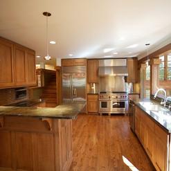 432 Kitchen.jpg