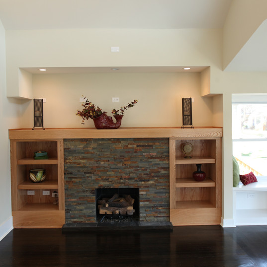 1129Lombard Fireplace.jpg