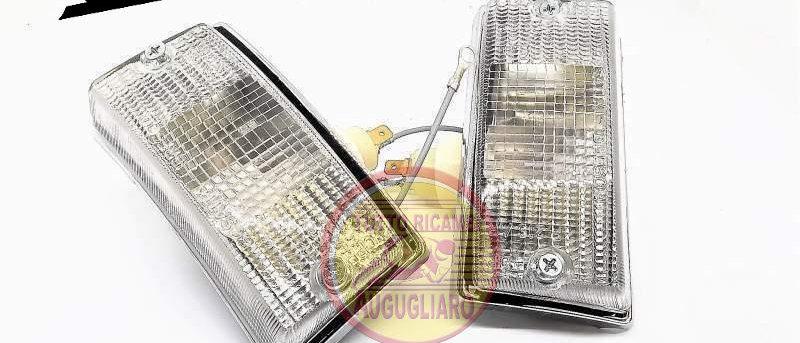 Coppia fanali frecce anteriori bianche cromate Vespa PX 125 150 200