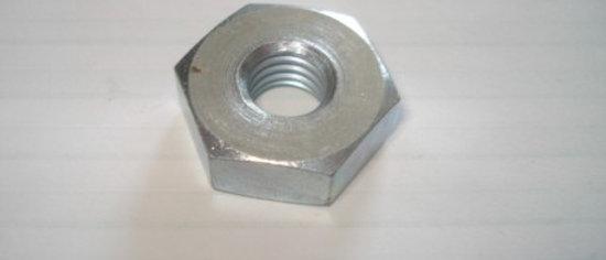 Dado fissaggio ruota 10x22mm Vespa 125-150