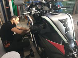Honda_Streifen_Carbon7