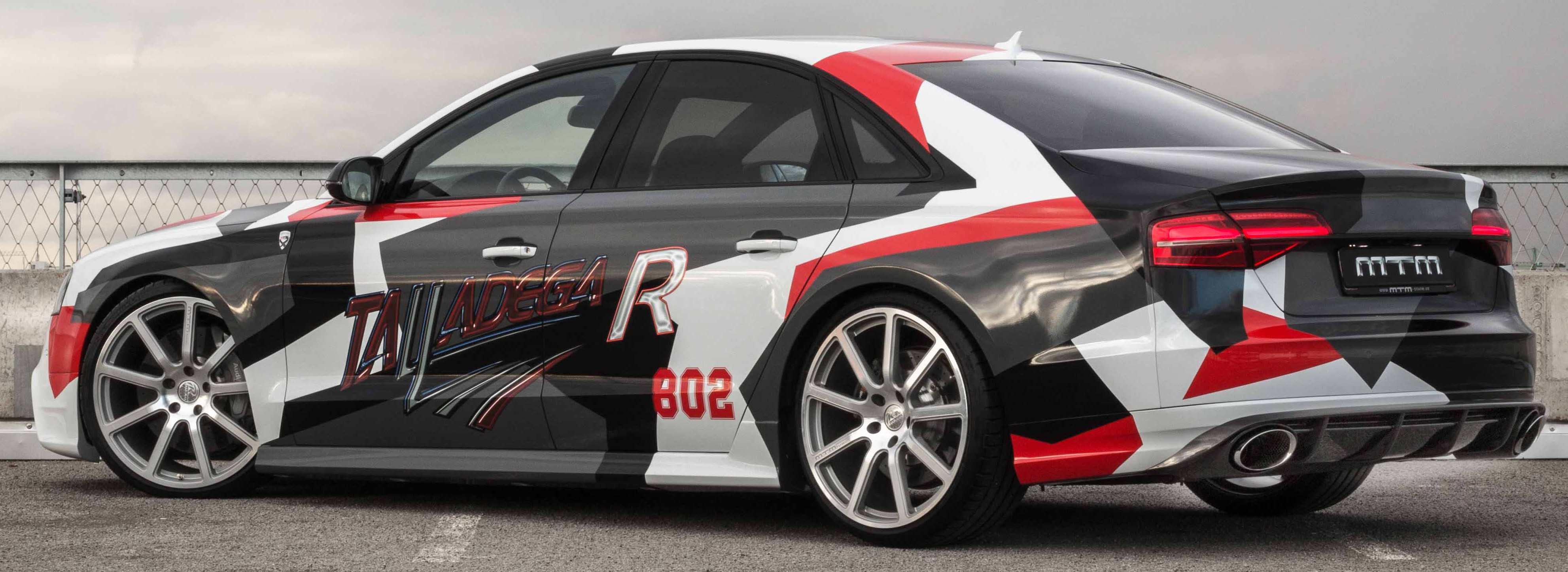 Audi_S8_Talladega_R_tuning_carwrap2