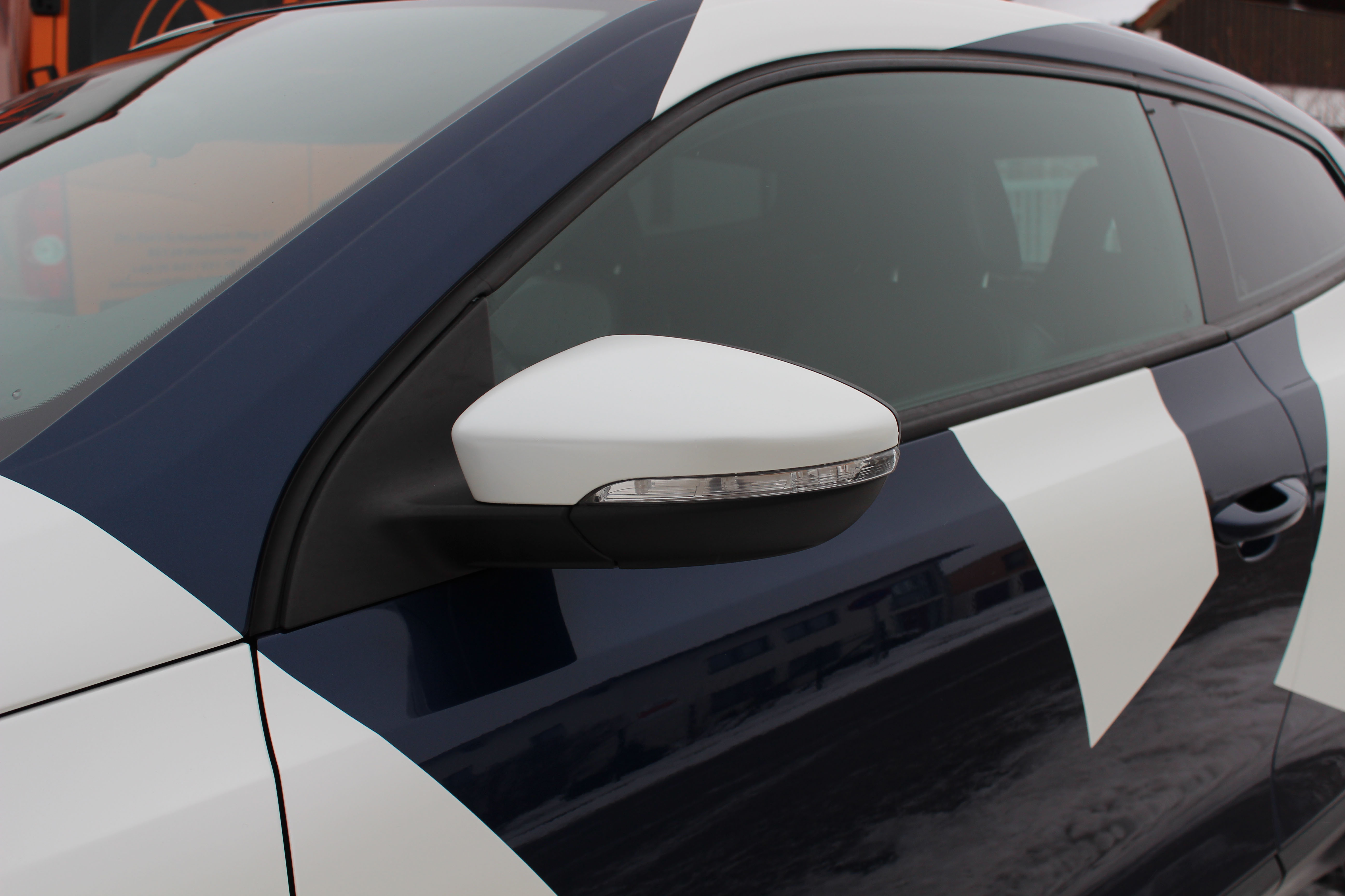 Carwrapping_scirocco_camouflage3