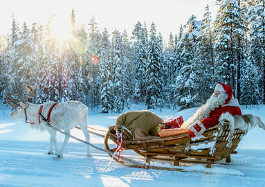 Santa-Claus-reindeer-land-Pello-Lapland.