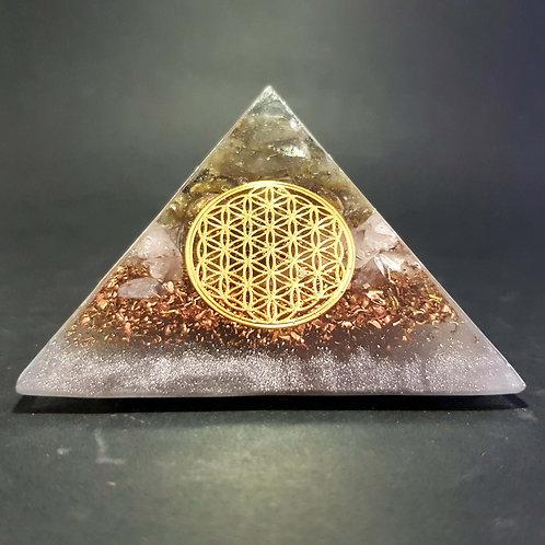 T9 - Pyramide - Protection - Bien être
