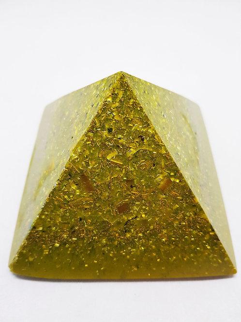 P24 - Pyramide Dorée 11x11