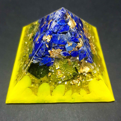 P1 - Pyramide Lapis Lazuli OR  - Protection - Concentration