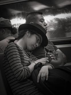 Pareja en el metro. NYC, 2016