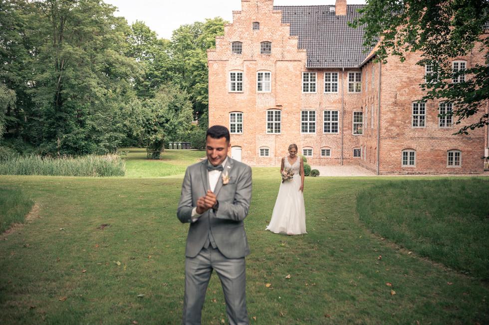 20200725-0023Vanessa & issam Schloss Hag