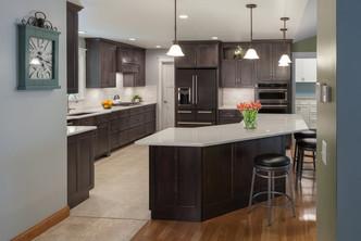 Wengerd Kitchen - Custom Home Furnishing