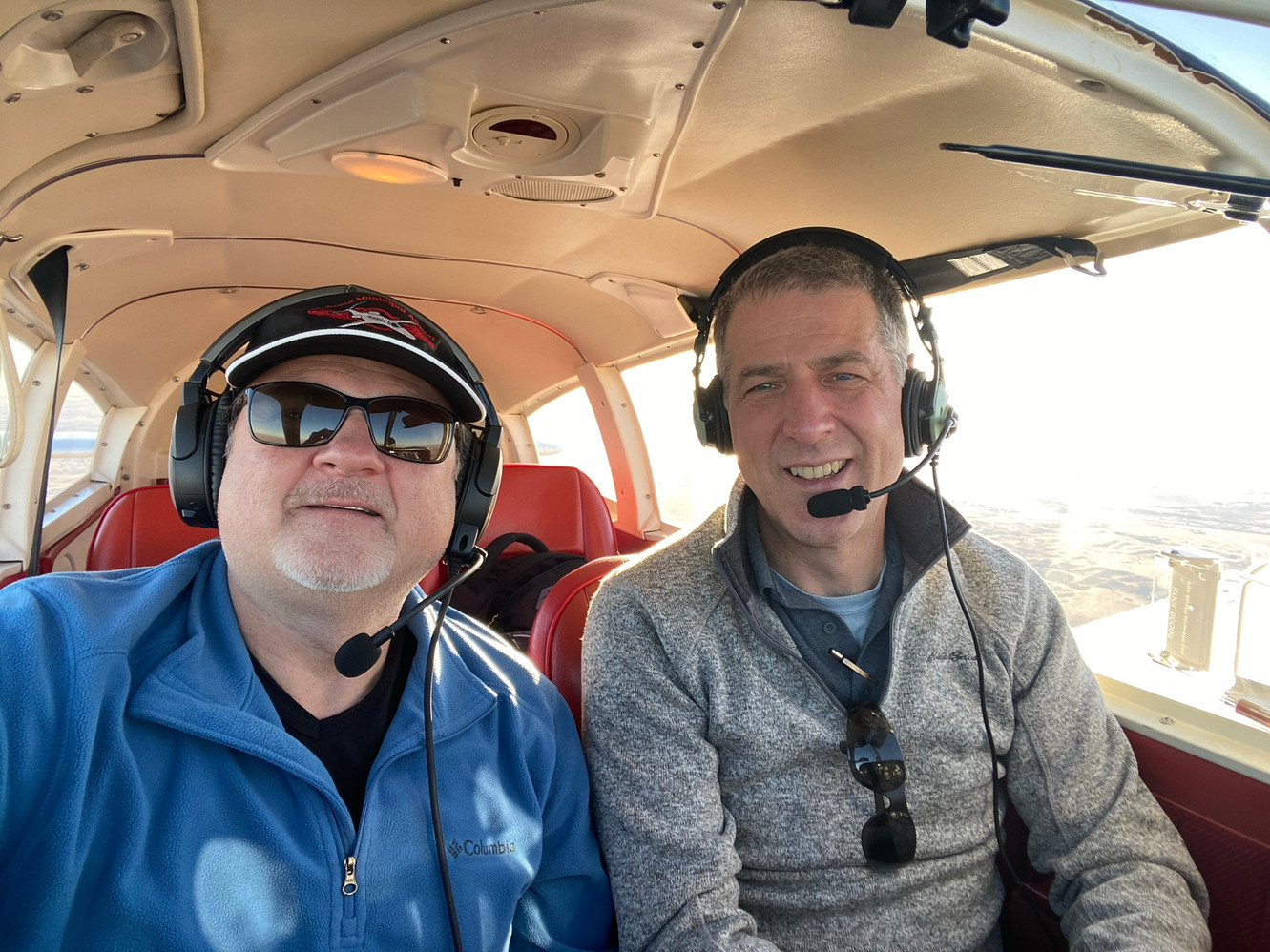 Scott and Lou flying N4294T home