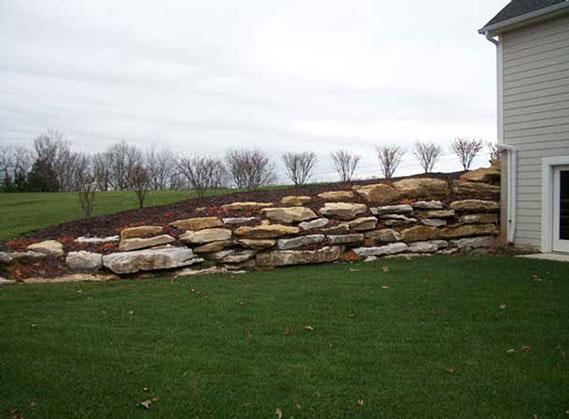 landscapingboulderwall