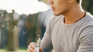 A sixth person died from vaping-related lung disease. Here's what you need to know