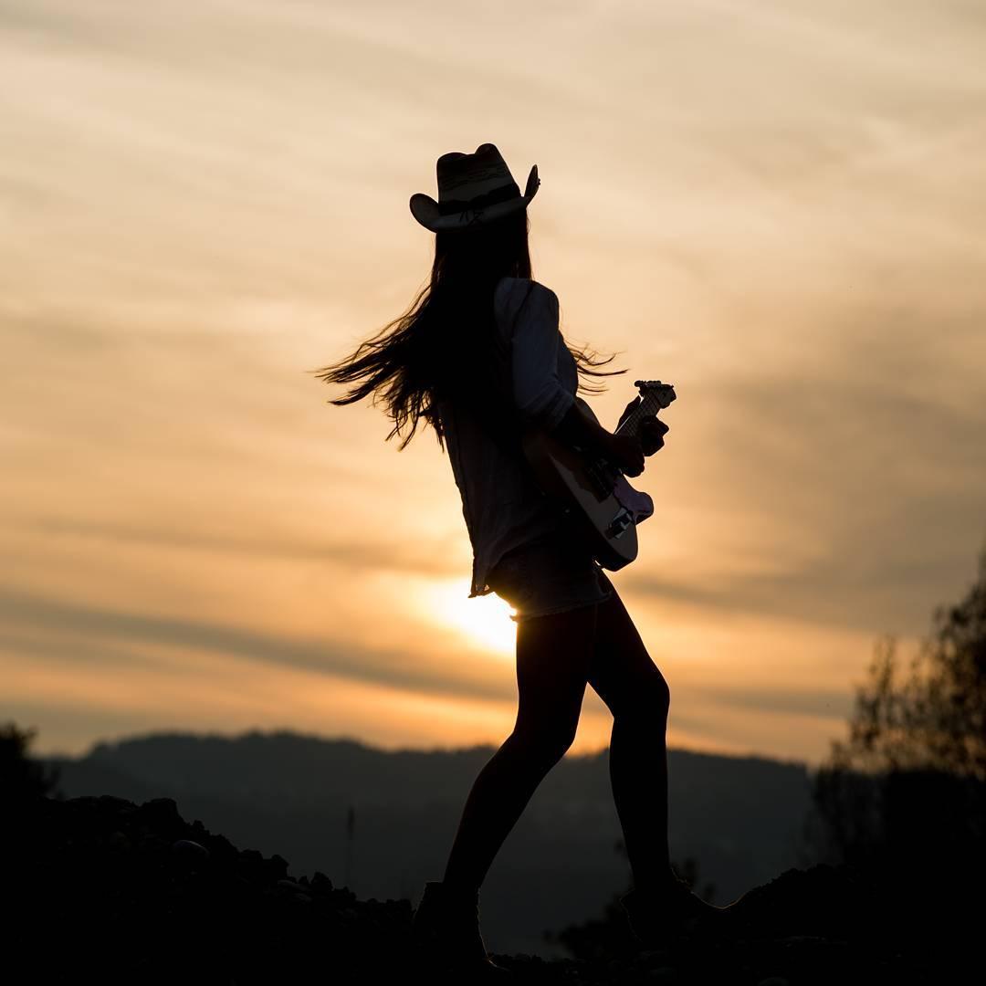 Andrea_Sunset.jpg