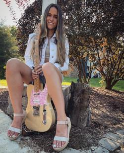 Andrea Benz