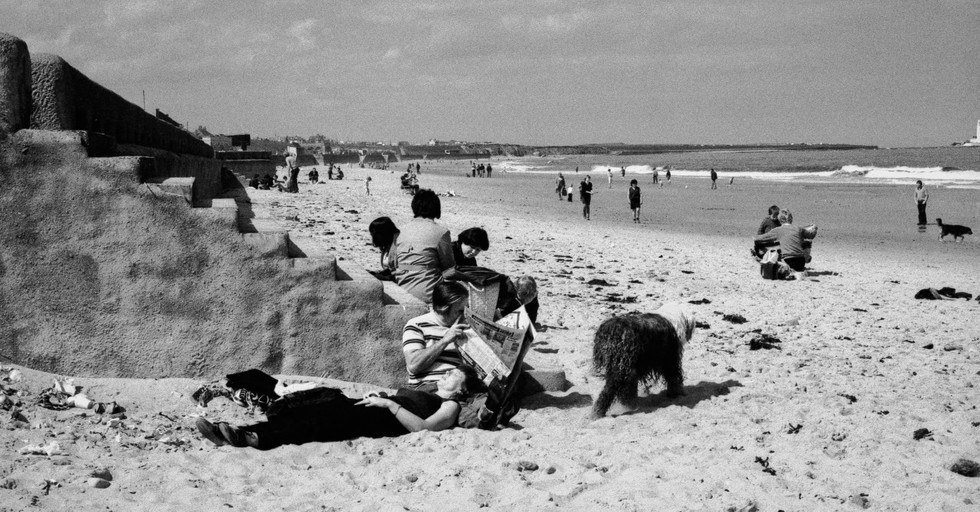 Family with dog_Whitley Bay 1982
