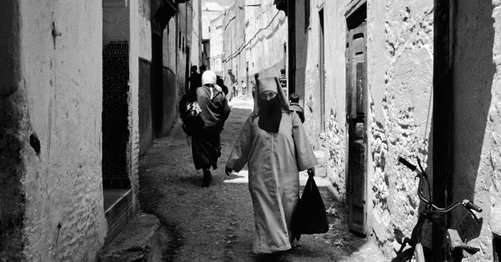 Veied woman_Fez, Morocco 1986