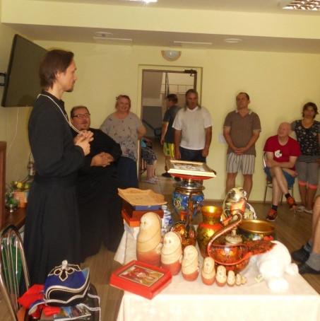 Beseda s misionárom Robertom Balekom v Habure