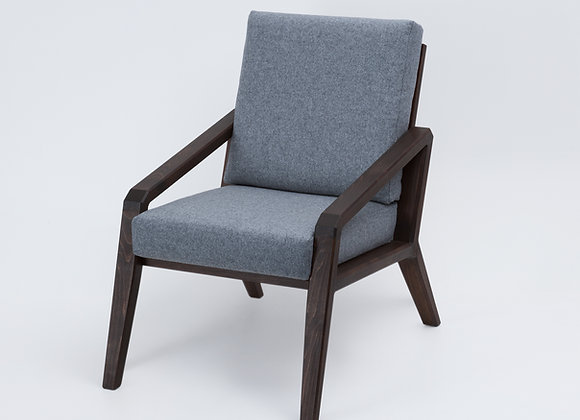 Ishiki Lounge Chair