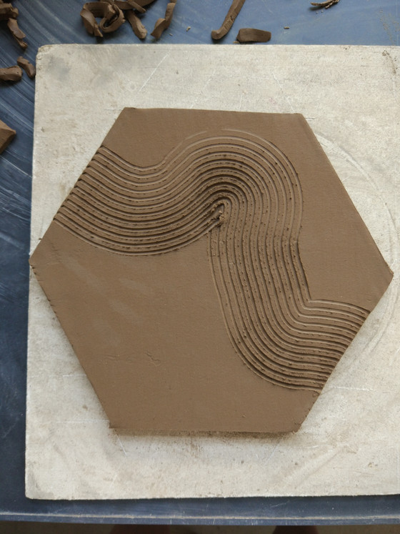 Put ideas into practice--Tile design and sculpture in Bizen