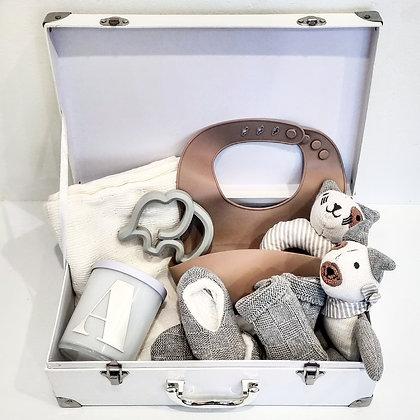 Mummy & Bub - Newborn Suitcase Hamper