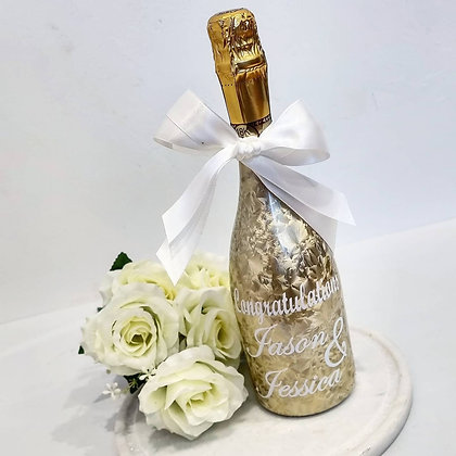 Personalised Gold Bottle with Vinyl Print