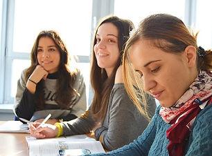 language-school-834138__340.jpg
