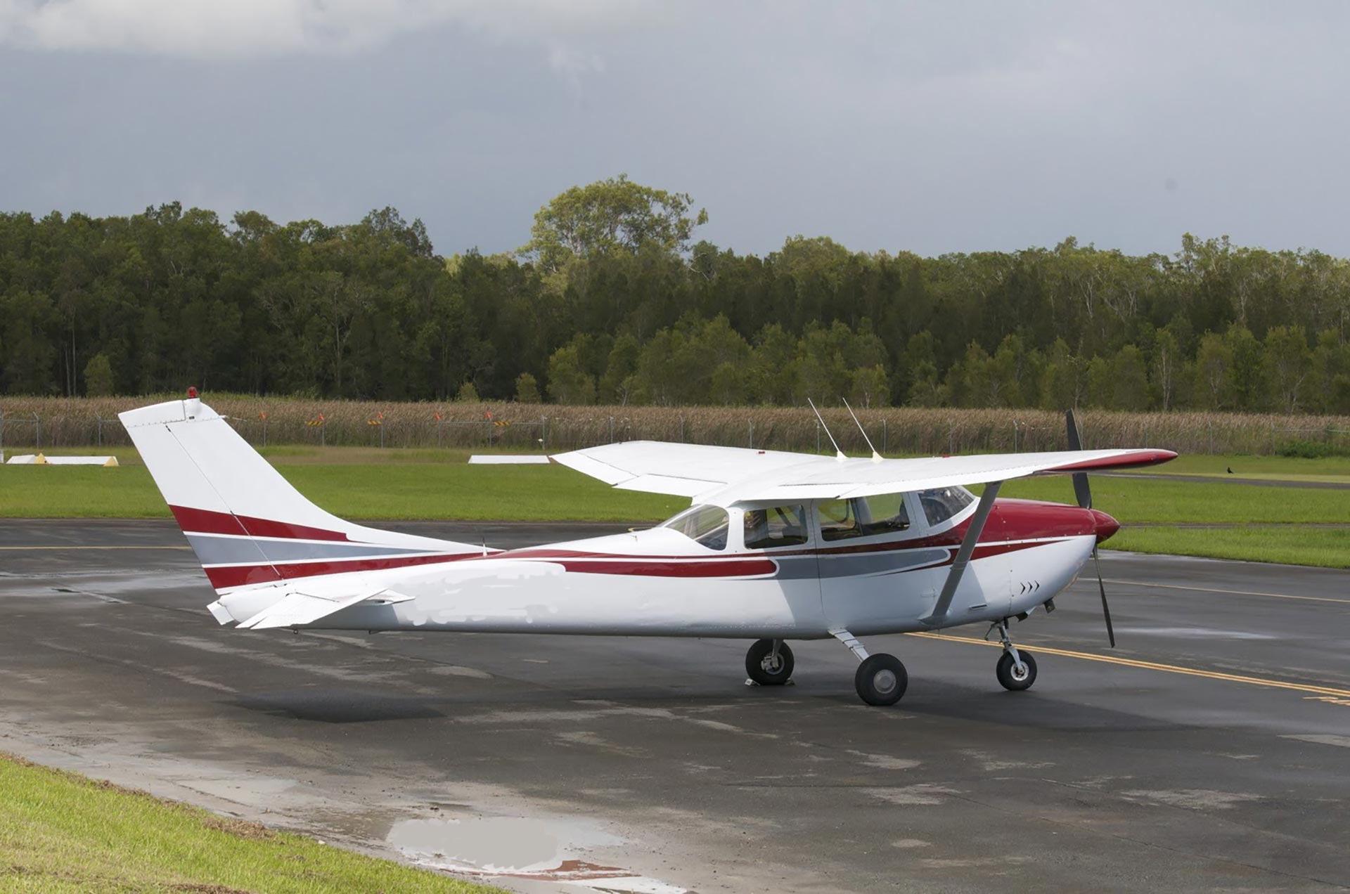 Fixed-Wing_Cessna_182_SIDS_Respray