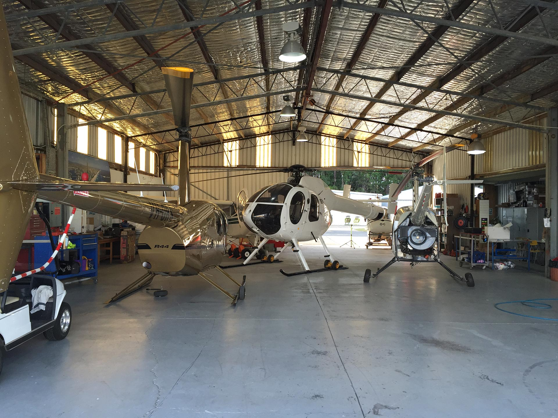 Hangar_2