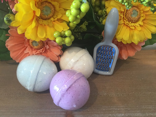 Three Bath Bombs - 100mg - Available in multiple scents
