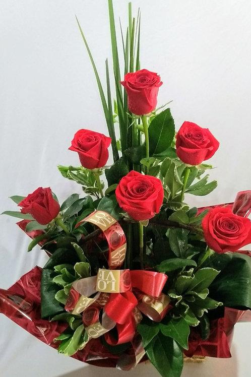 Arranjo com 6 rosas especiais
