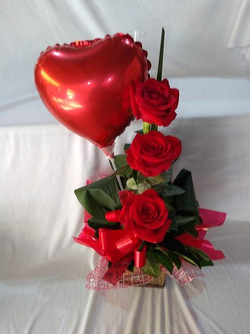 Arranjo 3 rosas e balão