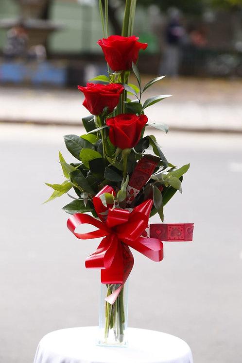 Arranjo com 3 rosas especiais