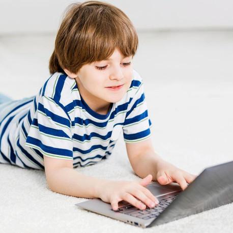 Como manter as crianças seguras na internet