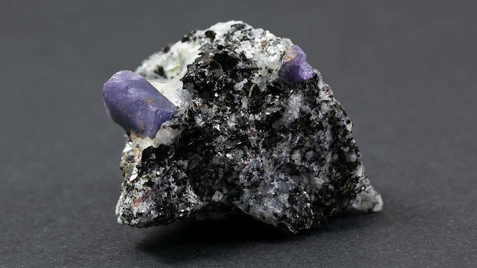 Saphir sur Biotite ref: S3
